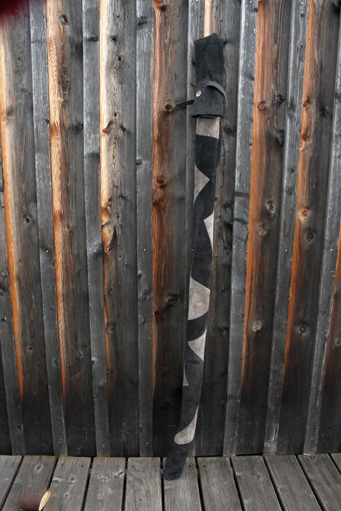 Mind-Factor Bogentasche Hobenhülle aus Leder mit abstraktem Design in schwarz-grau