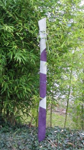 #002 Mind-Factor Bogensport, hellgrün/violette Bogentasche aus Leder für Langbogen, 125 €
